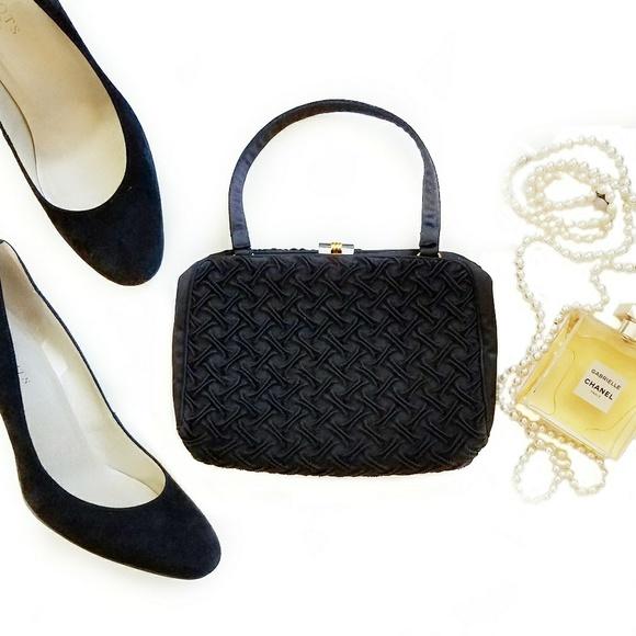 Vintage Morris Markowitz Silk Evening Bag. M 5a90992a9cc7ef6957bd5f1c a9d8f447f3866